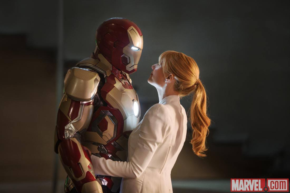 'Avengers 4': Set Photos Reveal Gwyneth Paltrow Preparing For Scenes