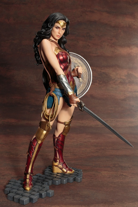 Wonder Woman full size statue PVC toy