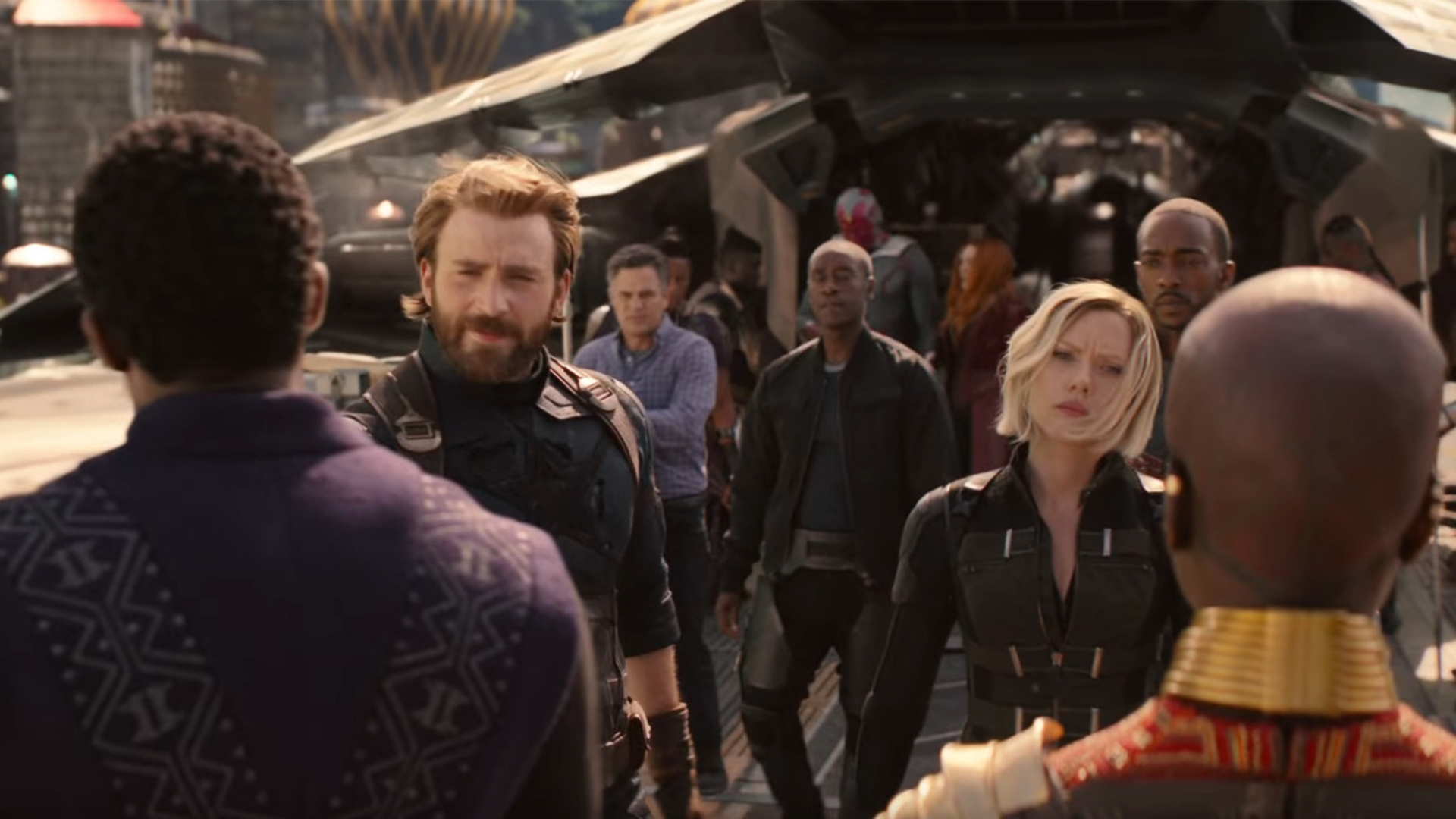 Avengers: Infinity War drops a titan of a trailer